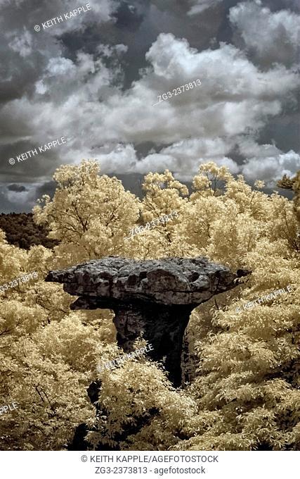 Ozark Mountains, Pedestal Rock Scenic Area, Arkansas