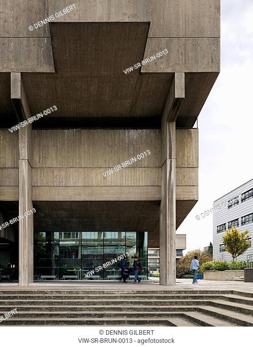 BRUNEL UNIVERSITY STUDENT RESIDENCE SHEPPARD ROBSON UXBRIDGE 2009 FACADE OF MAIN ENTRANCE TO LECTURE HALL, UXBRIDGE, STUDENT HOUSING, Architect2009