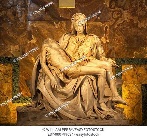 Michaelangelo Pieta Sculpture Vatican Inside
