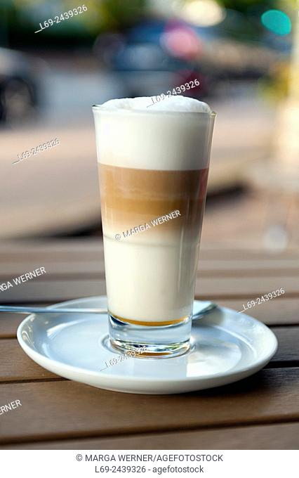Latte Macchiato in a sidewalk café, Hamburg, Germany