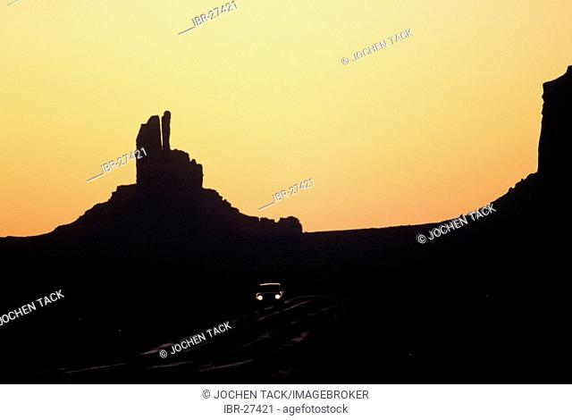 USA, United States of America, Arizona: Monument Valley, giant rock monoliths in the Navaho indian reservation
