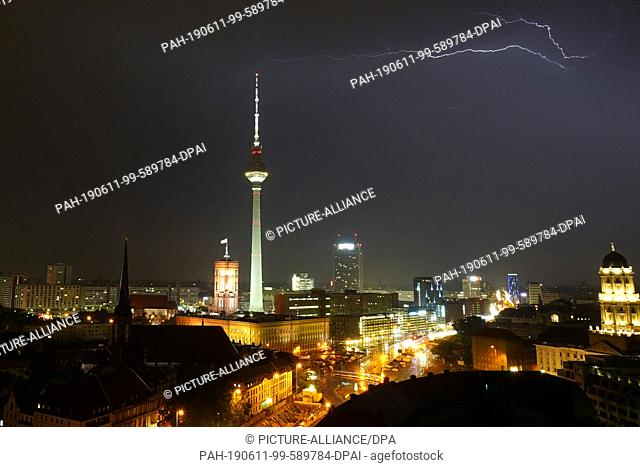 Lightning tower berlin Stock Photos and Images | age fotostock