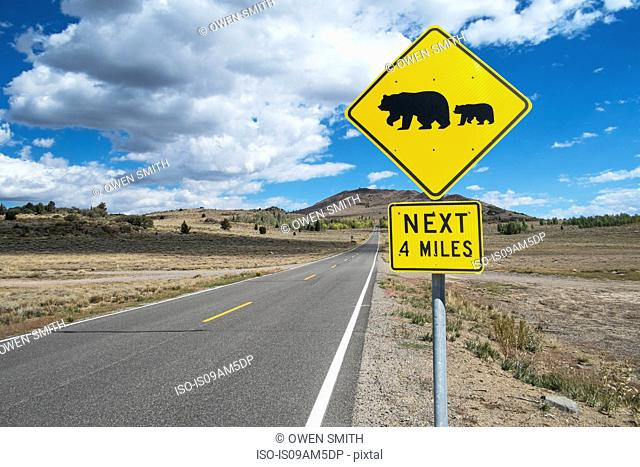 Bear warning sign on roadside, Alpine County, California, USA