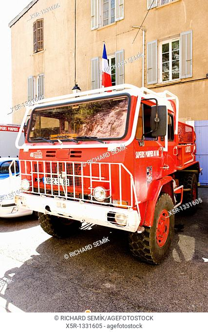 fire engine, Entrecasteaux, Provence, France
