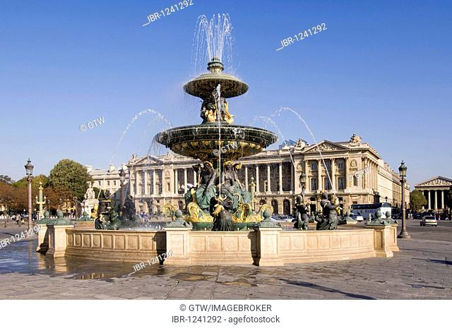 Fontaine des Fleuves fountain, Place de la Concorde, Paris, France, Europe