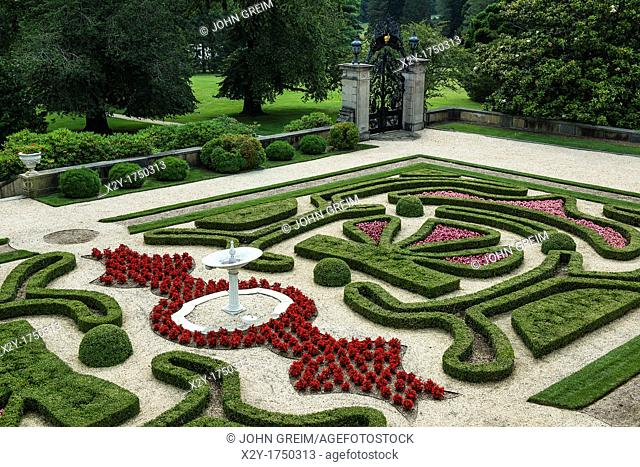 Boxwood Garden, Nemours Mansion and Gardens, Wilmington, Delaware, USA