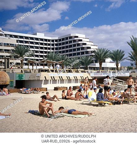 Badeurlaub im Hotel Neptun in Eilat am Roten Meer, Israel 1980er Jahre. Beach holiday at Hotel Neptun in Elat at the Red Sea, Israel 1980s