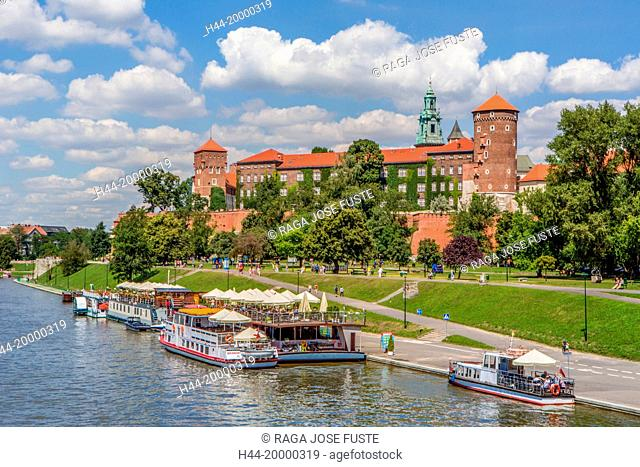 Wawel Royal Castle and river in Krakow