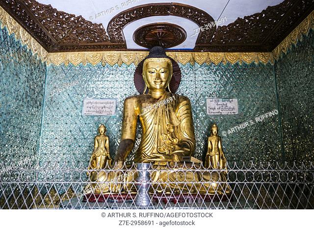Buddha shrine, Sule Pagoda, Yangon, Myanmar