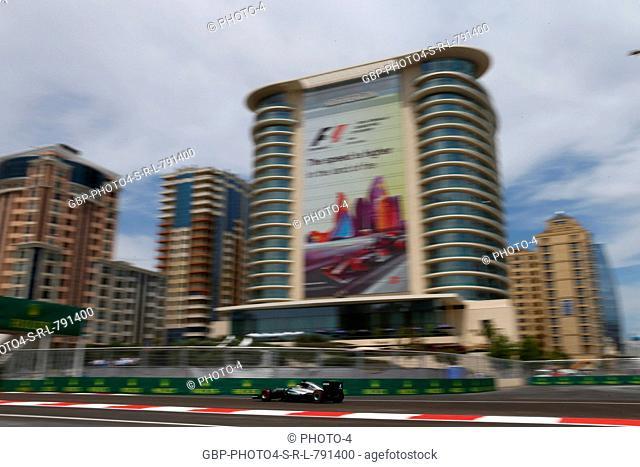 Lewis Hamilton (GBR) Mercedes AMG F1 W07 Hybrid
