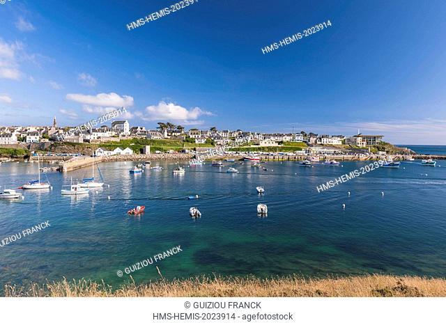 France, Finistere, Iroise Sea, Parc Naturel Regional d'Armorique (Armoric Regional Nature Park), Le Conquet
