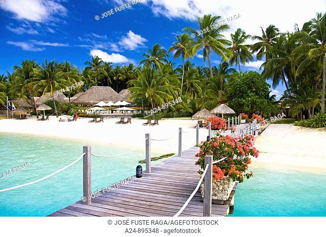 Pier of the InterContinental Resort, Matira, Bora Bora island, Society Islands, French Polynesia (May 2009)