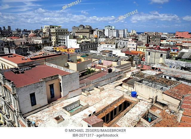 View over the rooftops, historic district of Havana, Habana Vieja, Old Havana, Cuba, Greater Antilles, Caribbean, Central America, America