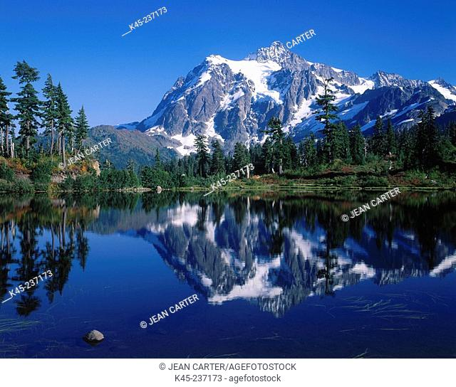 Mount Shuksan and Picture Lake. Mount Baker-Snoqualmie National Forest. Washington. USA