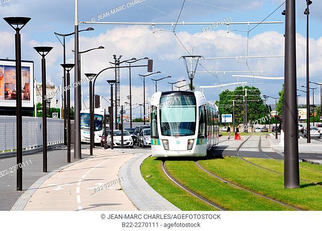 Line T3 of the Paris tramway, Paris, France