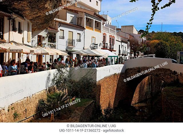 Spain, Andalusia, white village in the Sierra de Grazalema, Setenil de las Bodegas is a small village between Ronda and Olvera in the province of Cadiz