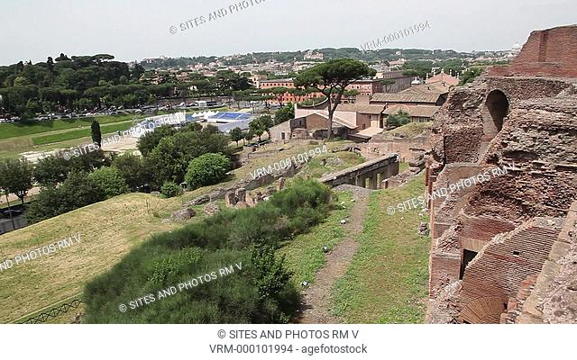 PAN. Daylight. View from the Palatine Hill to the south