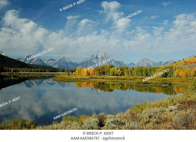 Grand Tetons and the Snake River at Oxbow bend, Wyoming