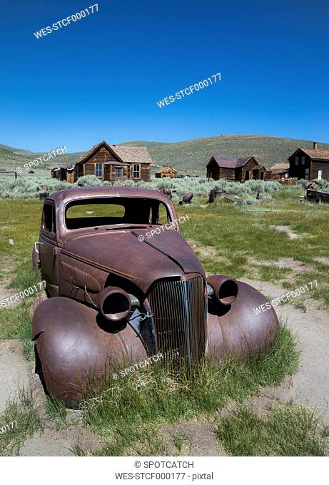 USA, California, rusty car in Bodie Ghost Town