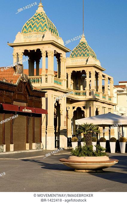 Gran Caffe Margherita on the promenade in Viareggio, Versilia, Riviera, Tuscany, Italy, Europe