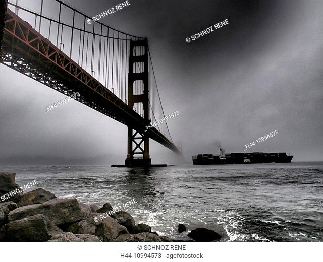 San Francisco, Golden gate, fog, clouds, ship, freighter, freight hauler, rain, mood, sea, bridge, coast, container ship, black and white, stones