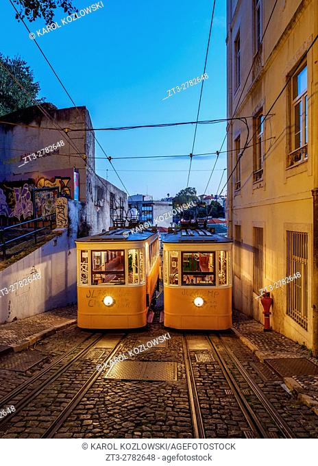 Portugal, Lisbon, Twilight view of the Gloria Funicular