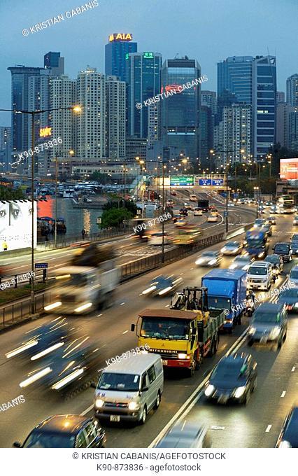 Busy street in the early evening at Causeway Bay, Hong Kong Island, Hong Kong, China, Southeast Asia