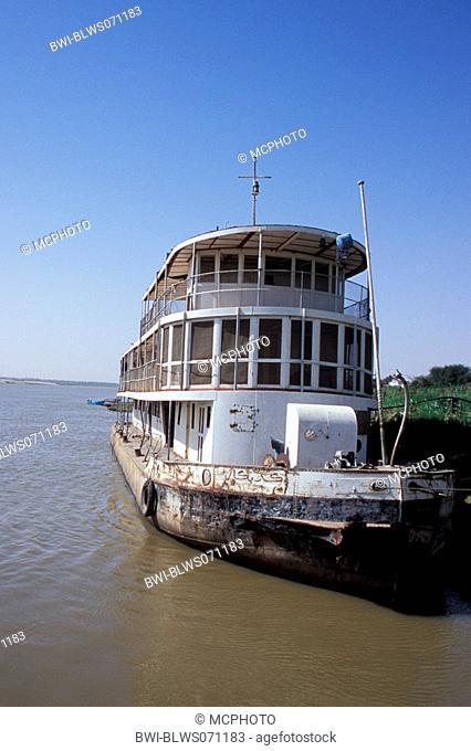 cruise ship on the Nile, Egypt, Nil