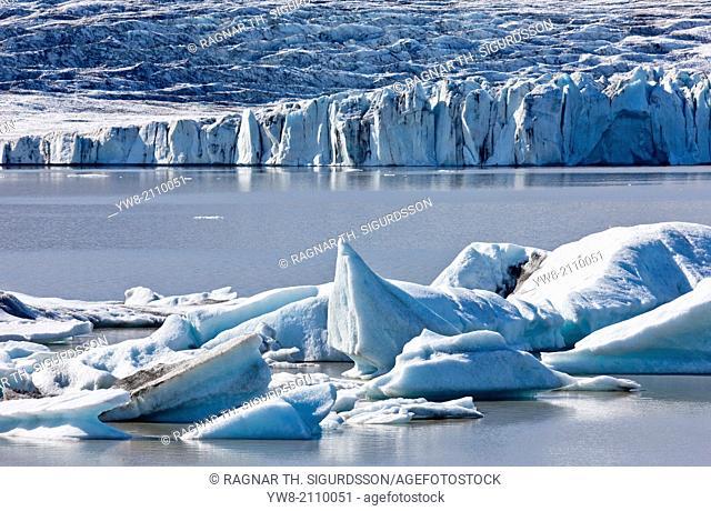 Icebergs at the Jokulsarlon Glacial Lagoon, Breidamerkurjokull, Vatnajokull Ice Cap, Iceland