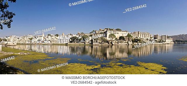 View of Pichola Lake, the Old Town and City Palace complex, Udaipur, Rajasthan, India