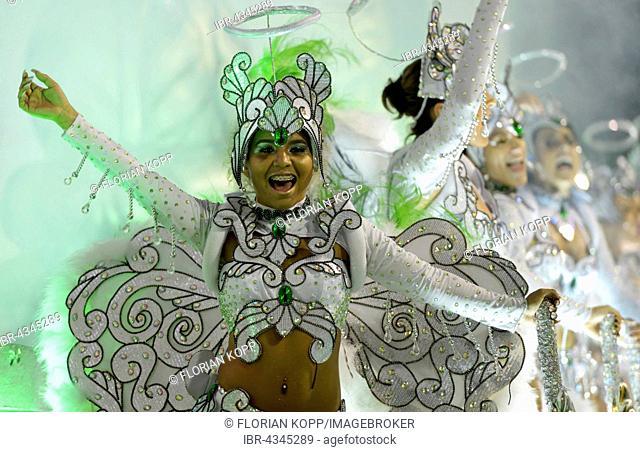 Samba Dancer on an allegorical float, parade of the samba school Acadêmicos do Grande Rio, Carnival 2016 in the Sambodromo, Rio de Janeiro, Brazil