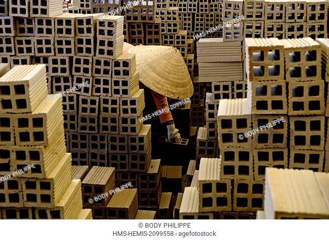 Vietnam, Dong Thap province, Mekong delta, Sadec, bricks factory, drying