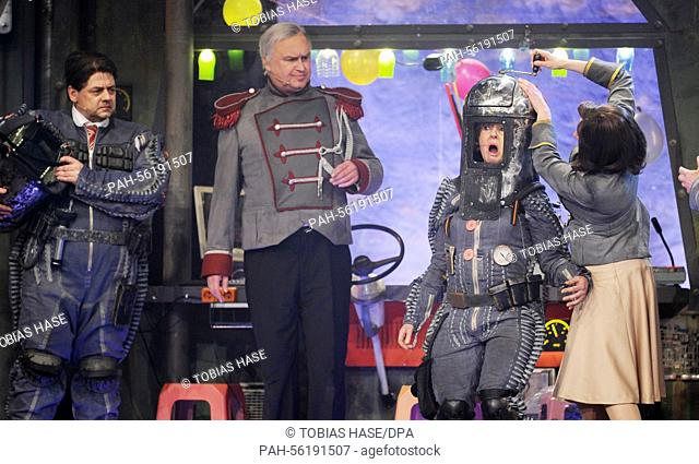 Actor Thomas Wenke as Sigmar Gabriel (l-r), actor Christoph Zrenner as Horst Seehofer, actress Antonia von Romatowski as Angela Merkel and actress Angela Ascher...