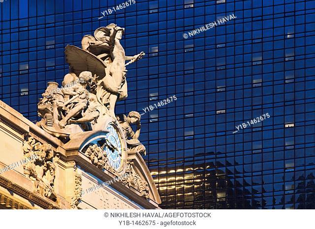 Grand Central Station sculpture clock