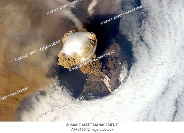 Eruption of Sarychev Peak Volcano, Kuril Islands, north-eastern Japan, 12 June 2009, viewed the International Space Station