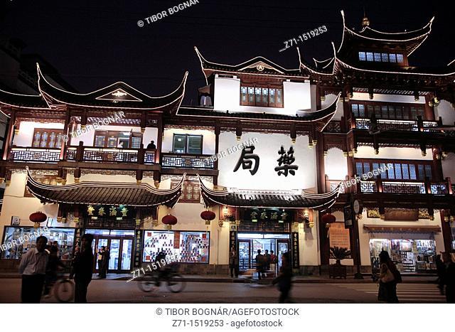 China, Shanghai, Yuyuan Bazar at night