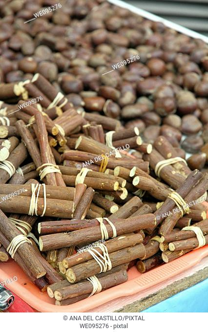Licorice and chestnuts