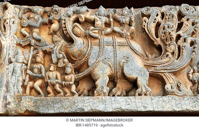 Reliefs on the outer wall of the Hoysaleswara Temple, Hoysala style, Halebidu, Karnataka, South India, India, South Asia, Asia