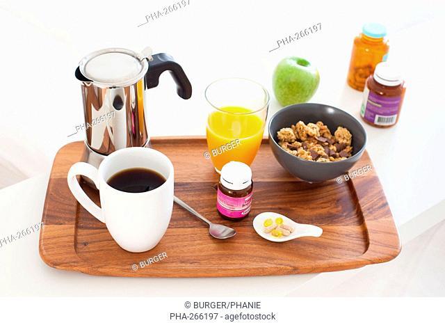 Breakfast ans nutritional supplements