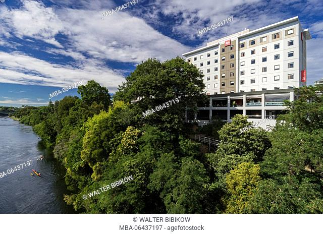 New Zealand, North Island, Hamilton, Waikato River and Ibis Hotel