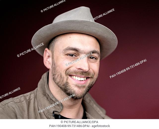 "08 April 2019, Baden-Wuerttemberg, Stuttgart: Max Mutzke, musician, is at the press conference for the benefit concert """"Musical in Concert"""" at the Stage..."