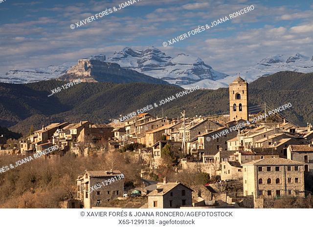 Village of Ainsa and Sorores peaks -Añisclo, Marboré and Monte Perdido-, Huesca, Spain