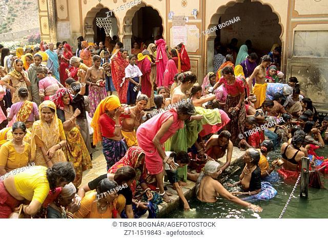 India Jaipur Galta Temple festival