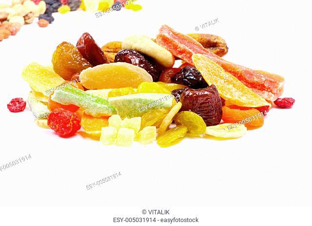 mix dried fruits