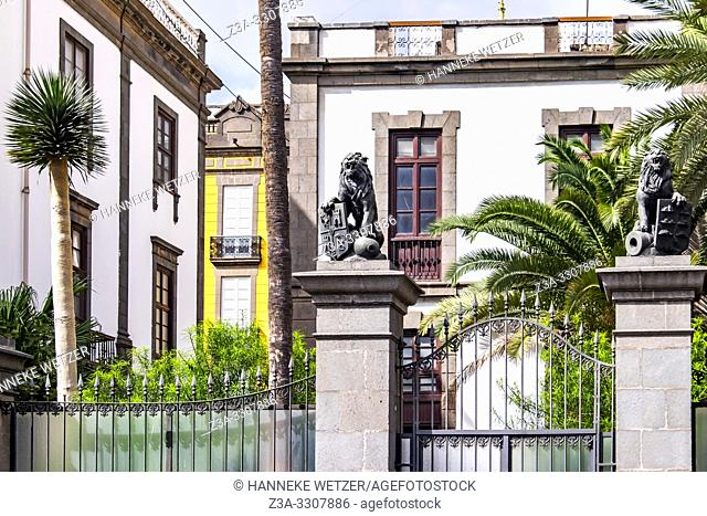 Lion statues in front of a building in Las Palmas de Gran Canaria, Canary Islands