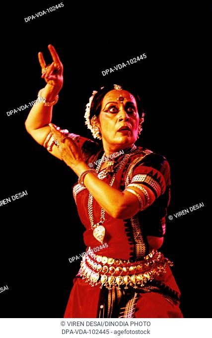 Sonal Mansingh Odissi classical dancer India MR