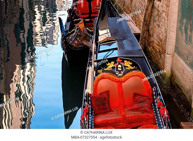 Venice, gondola, no people