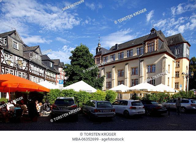 Former Franciscan monastery today music school, historical half-timbered houses on the Schillerplatz, Wetzlarer Old Town, Wetzlar, Hessen, Germany, Europe