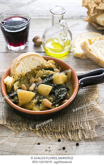 Ribollita (Tuscan vegetable soup, Italy)