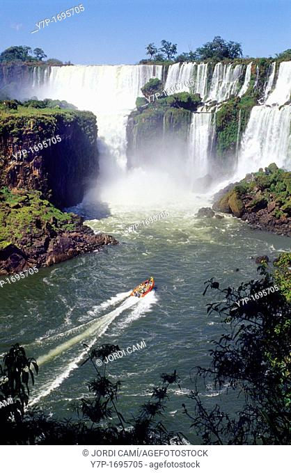 Rubber dinghies getting closer to the falls  Iguazu National Park Falls, Misiones province  Argentina